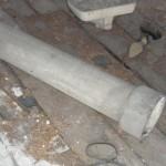 mélangé à du ciment amiante ciment(amiante-ciment) dans de multiples composés pour la construction : plaques ondulées, éléments de façade, gaines de ventilation, canalisations…